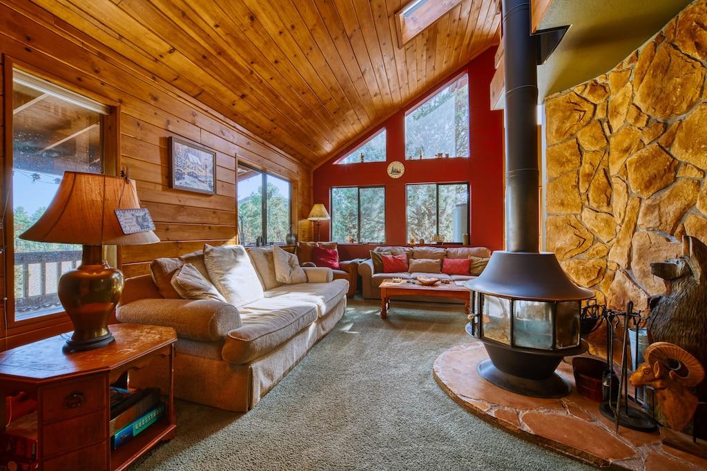 City Slicker Cabin Treehouse Arizona Rental