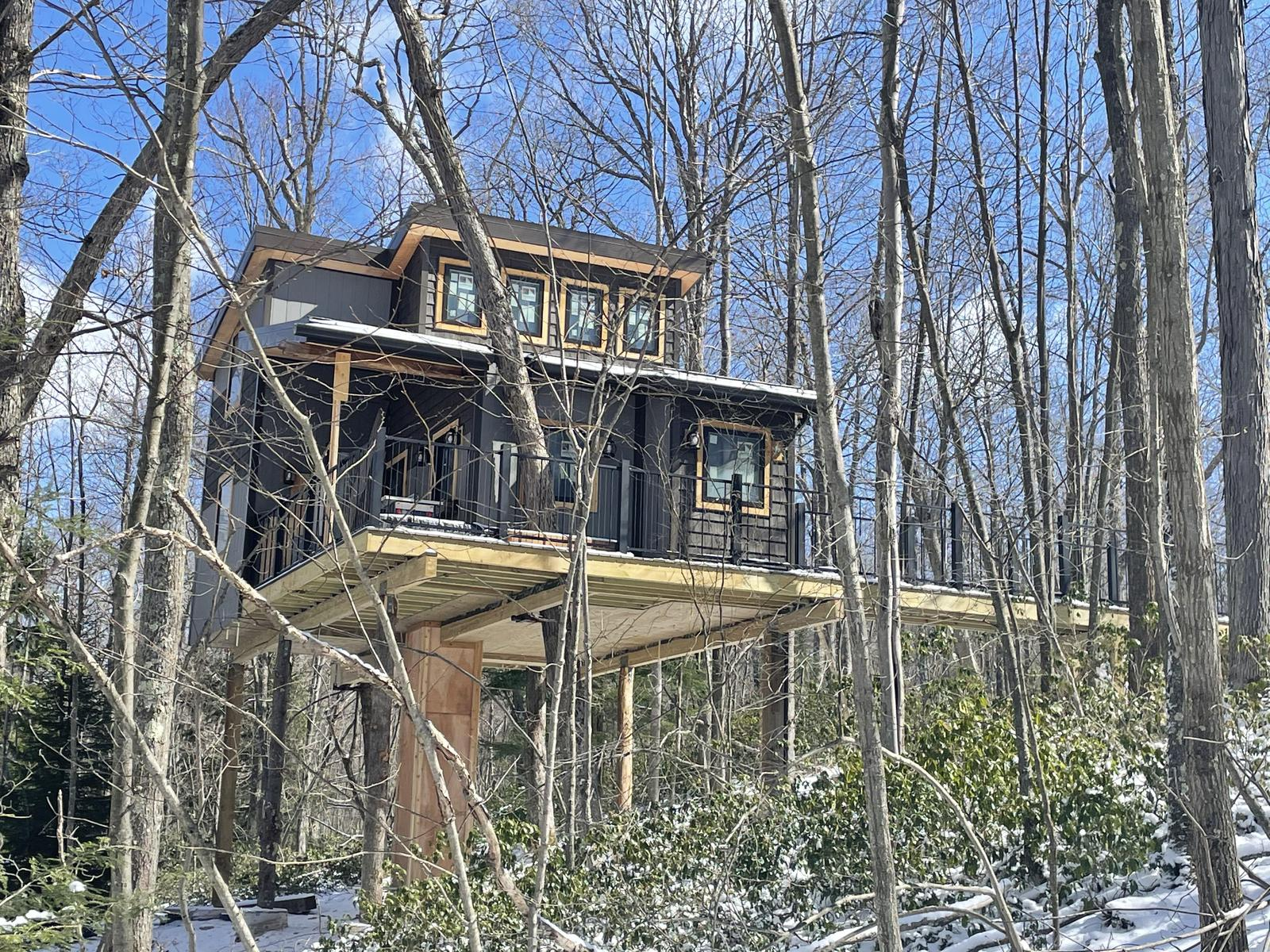 Daydreamer Treehouse Rental in Maryland