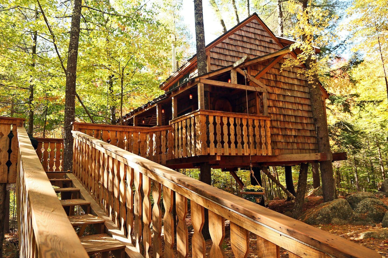 Luxury Two-Story Four Season Treehouse Rental New Hampshire