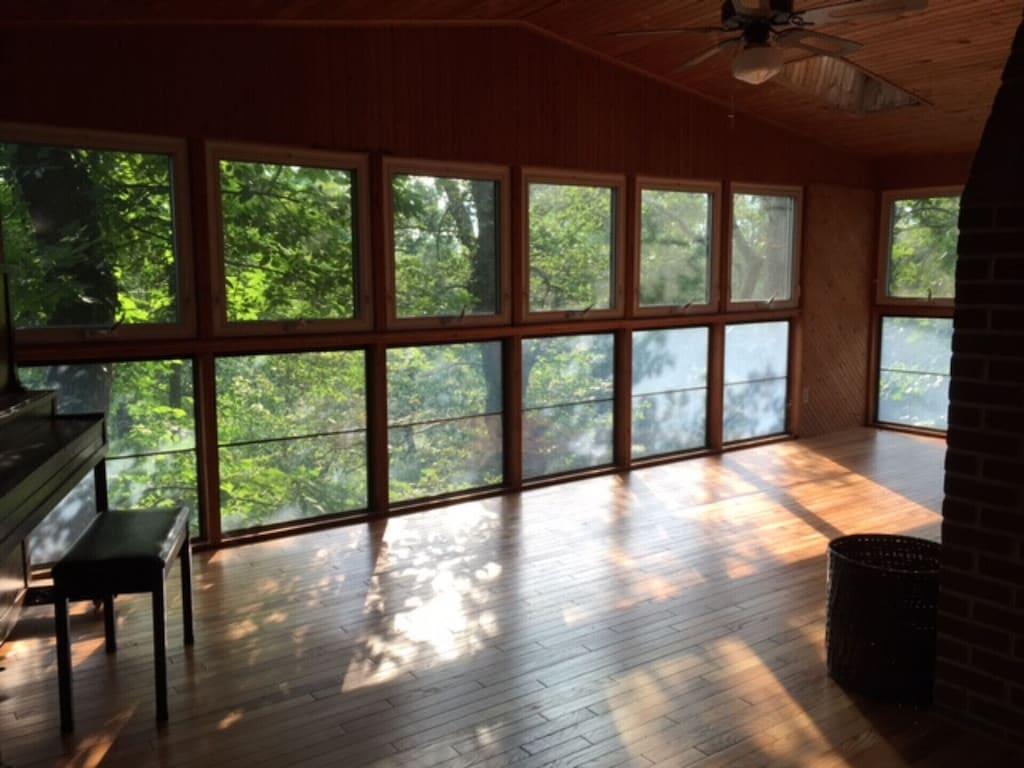 Quiet Secluded 2 Bedroom Cabin