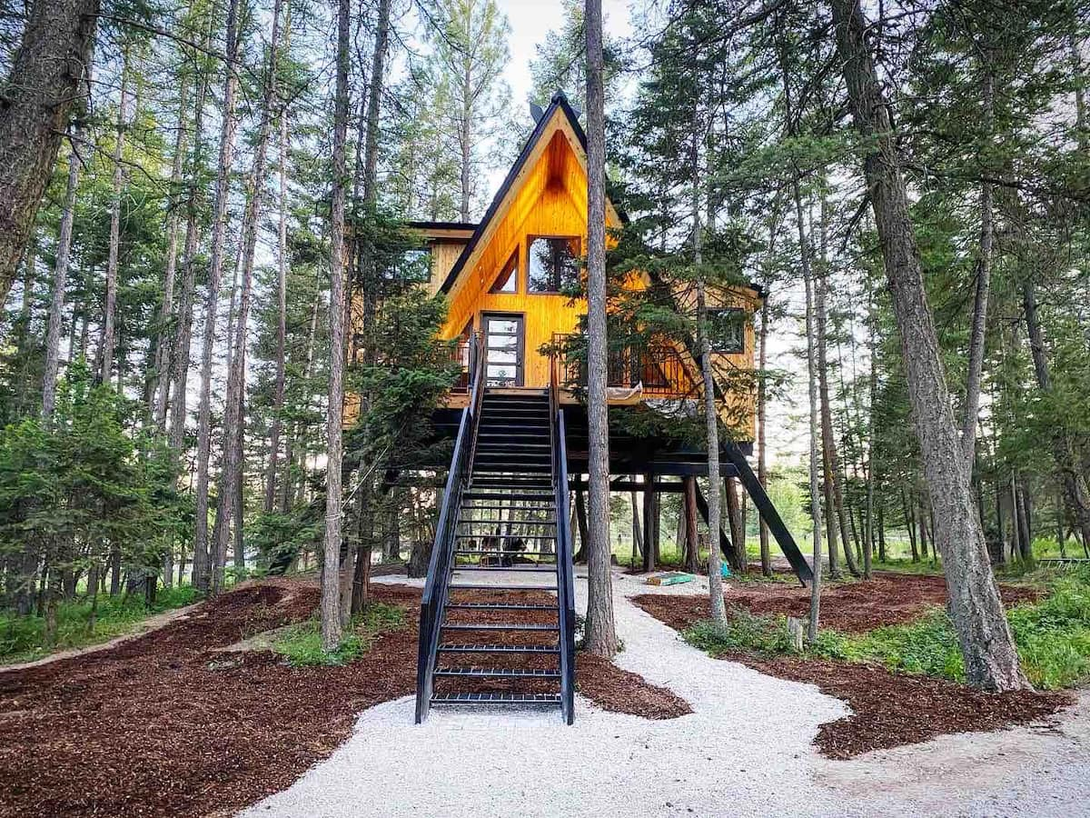 Raven's Nest Treehouse at MT Treehouse Retreat