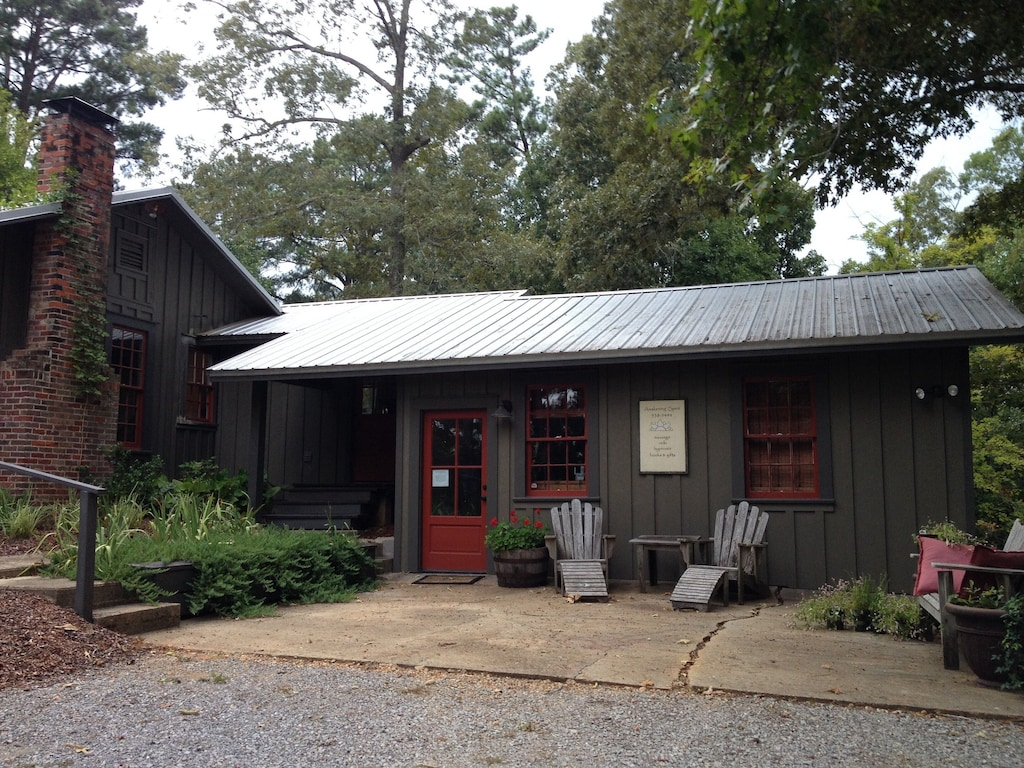 Secluded Cabin Rental in Mississippi