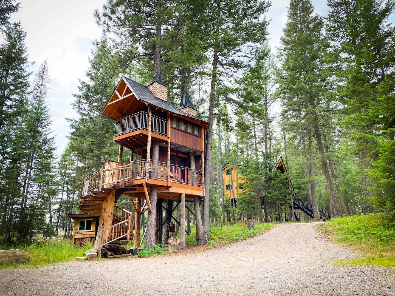 treehouse airbnb montana