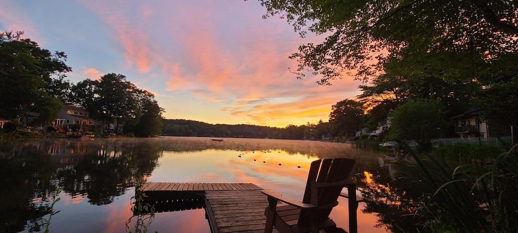 Lakefront Cottage Treehouse Rental Connecticut