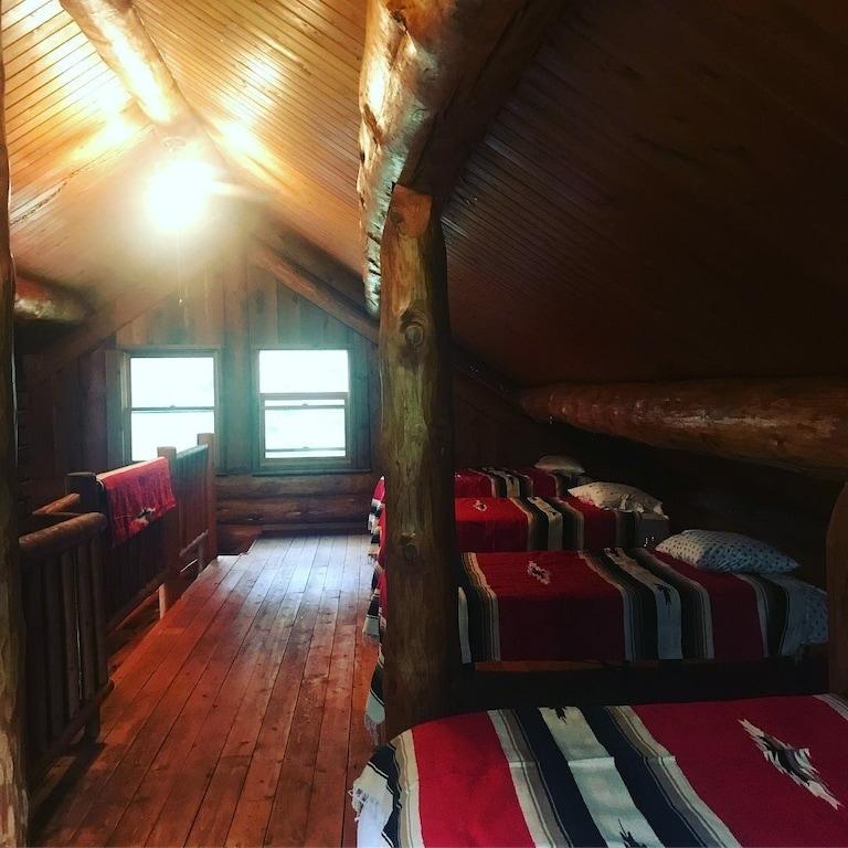 Treehouse Cabin Lakeside Minnesota