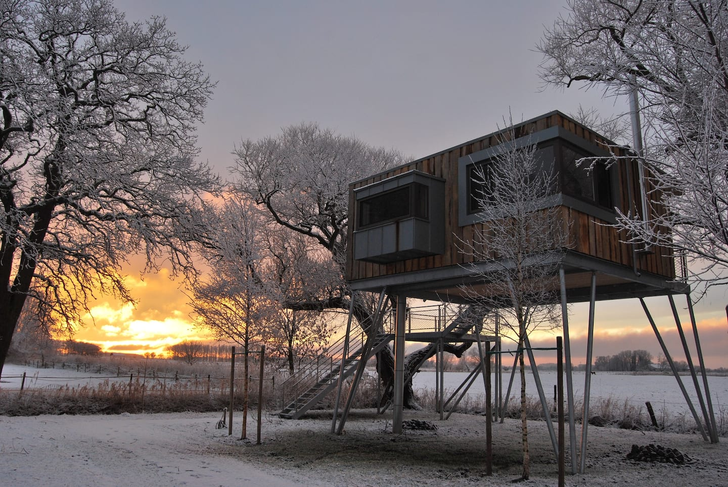Treehouse Rentals in Germany close to beach