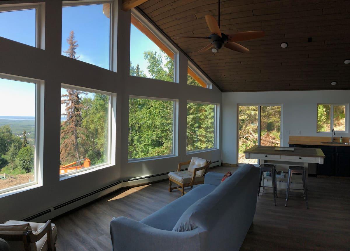 Alaska Log Cabin Treehouse