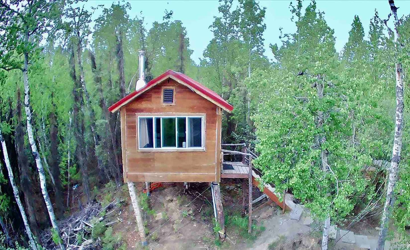 Alaskan Treehouse Experience! Glamping with a view Airbnb