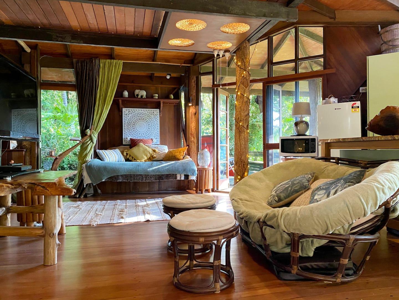 Currumbin Rainforest Tree HouseCurrumbin Rainforest Tree House