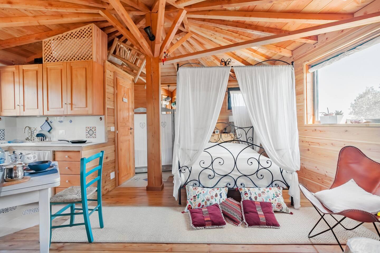 Luxury Treehouse Rental in Italy