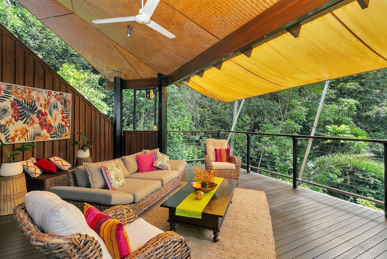 Secret Treehouse Rental Airbnb in Earlville, Queensland, Australia