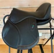 Freeform AP (All Purpose) Treeless Saddle