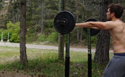 Treeninglife - musculation été plage sport végétarien vegan perte de poids squat nature