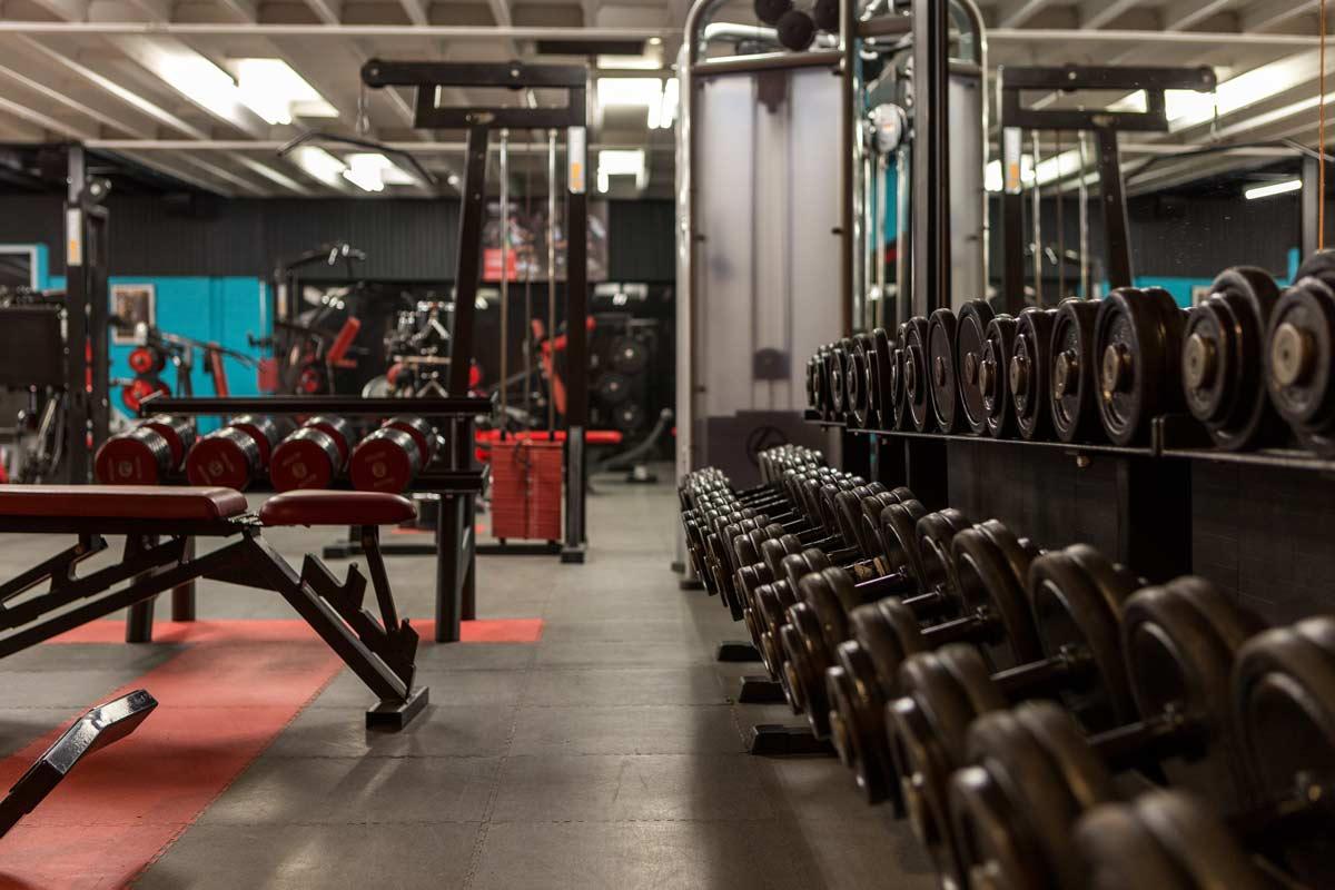4 questions à se poser avant de s'inscrire dans une salle de musculation
