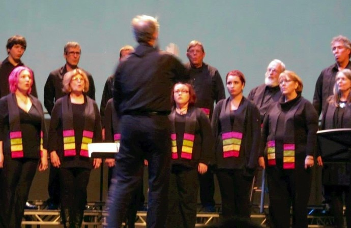 picture of choir