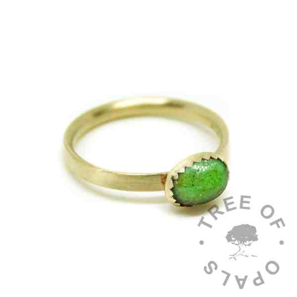 solid 14ct gold cremation ashes ring. Ashes and Basilisk Green Resin Sparkle Mix