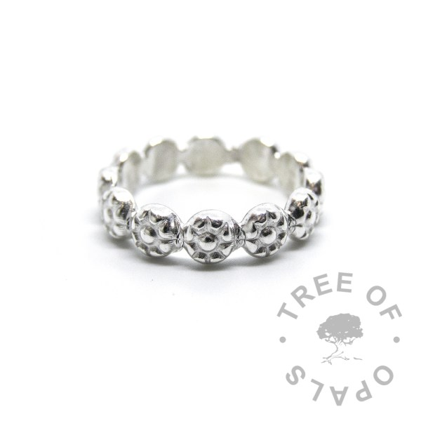 flower band ring in solid sterling silver