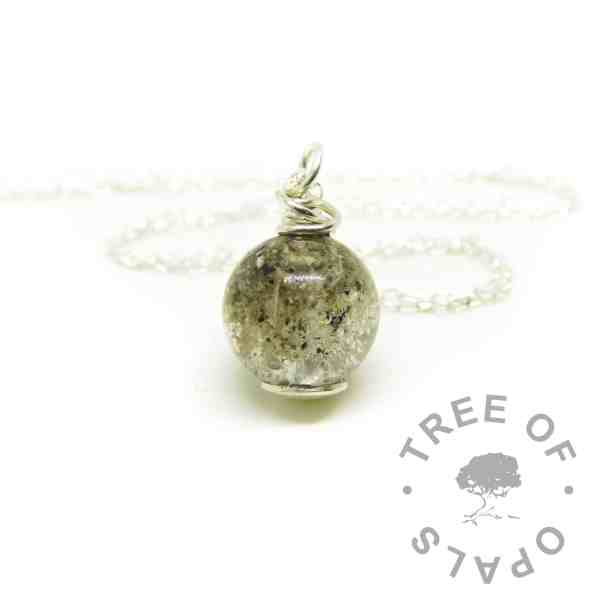classic ashes orb with wire wrapped necklace setting. Classic ashes in resin, no colour sparkle mix.