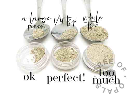 cremation ashes quantities for ashes jewellery. A large pinch = ok. 1/4tsp = perfect! Whole tsp = too much