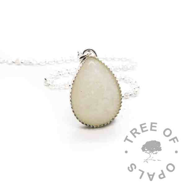 breastmilk teardrop necklace shown with a medium necklace chain upgrade. 935 high quality solid silver settings in anti-tarnish silver. Classic breastmilk jewellery, no colour or sparkle added