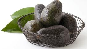 ripen-avocados-on-counter-1024x590