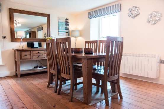 Coombe Villa Dining Table