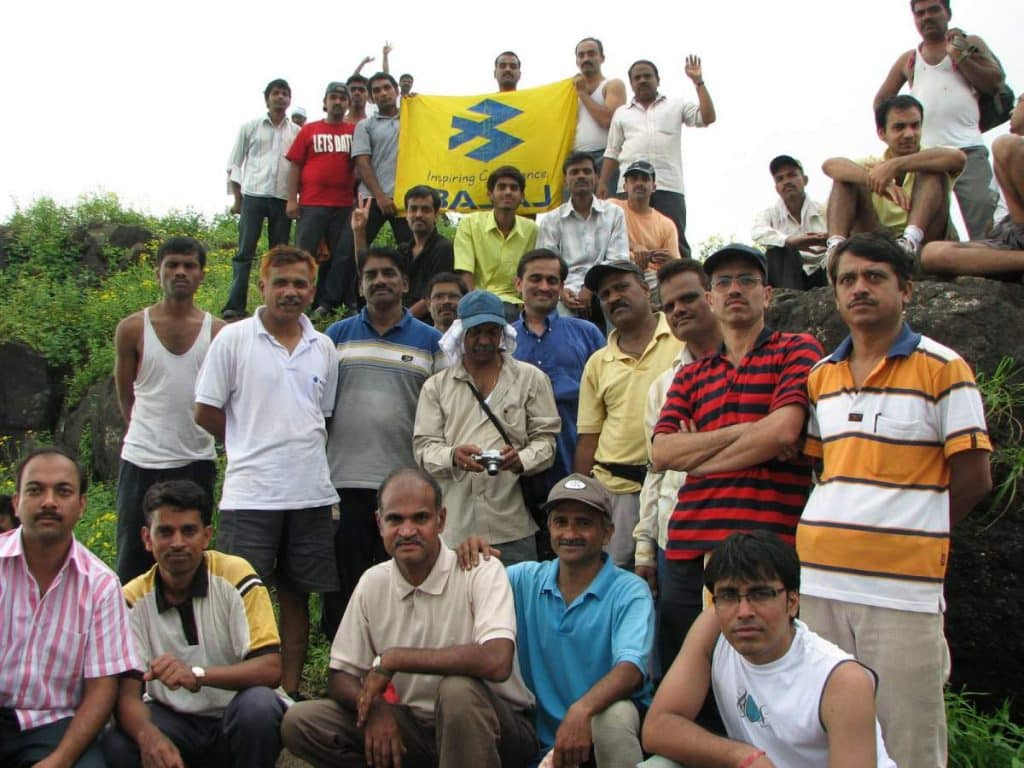 bajaj trekking club group at kalavantin durg