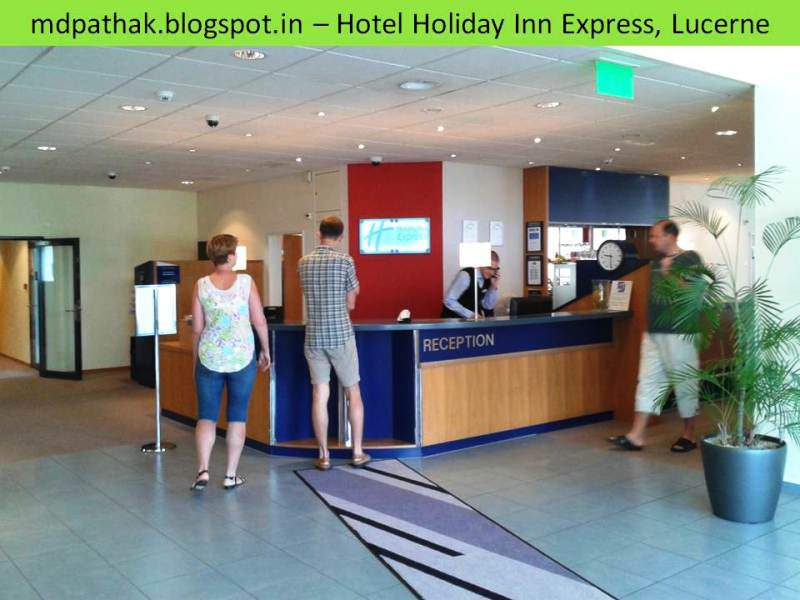 Hotel holiday inn express Lucern reception