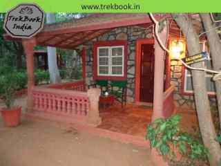 bungalow veranda - Tiger Moon Resort