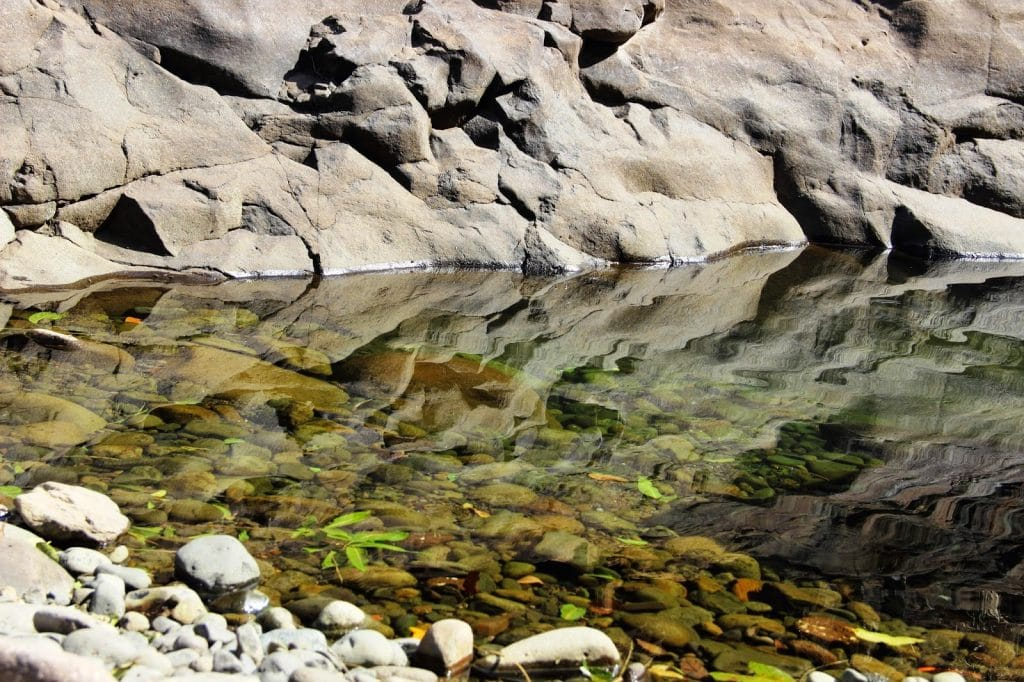 crystal-clear-water-at-plus-valley