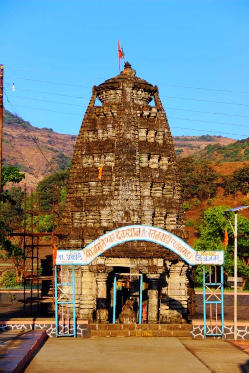 1000 years old Amruteshwar Temple