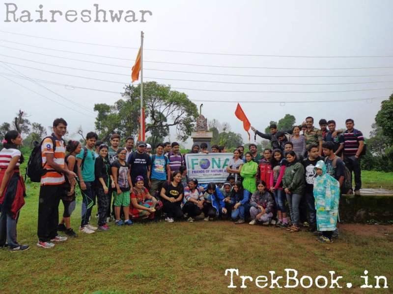 Raireshwar Trek FONA group photo