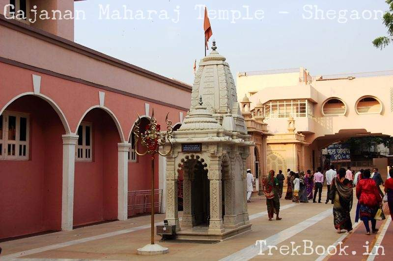 Nagdevta temple where Gajanan maharaj used to sit