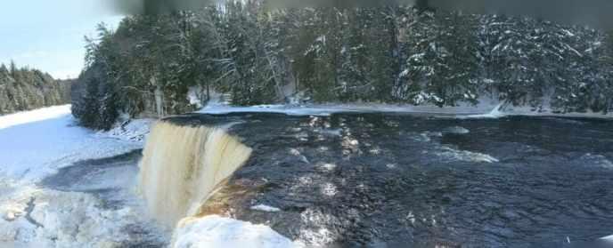 Upper Falls in winter; Tahquamenon Falls State Park