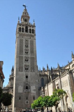 Giralda tower, 1100's