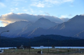 Te Anau Lake and mountains