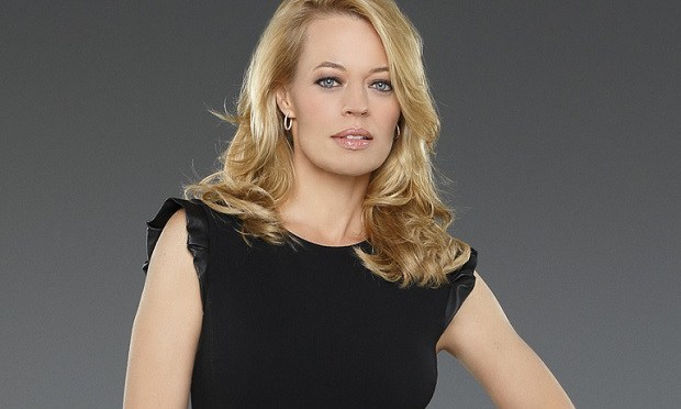 Jeri Ryan – Queen of our Collective!