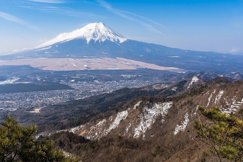 立ノ塚峠へ下るときの富士山
