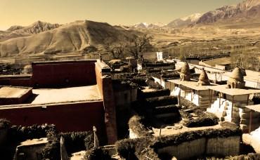 la ciudad amurallada de lo manthang alto mustang