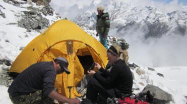 Campamento de altura en el Mera pico