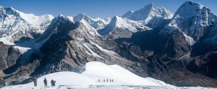 climbing-pisang-peak-nepal