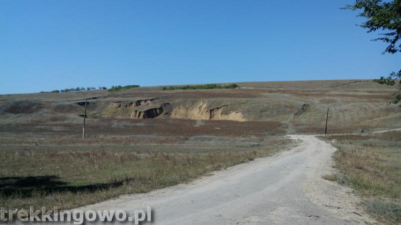 Mołdawia - Dzień 6 droga upał widok trekkingowo