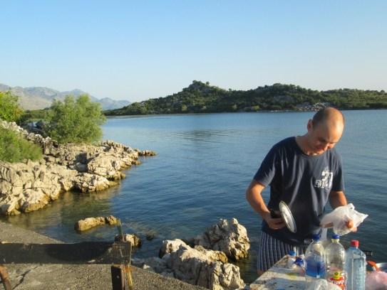 Czarnogóra - poranne gotowanie nad Jeziorem Szkoderskim (2014)