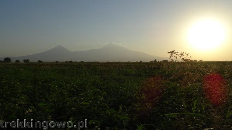 Ararat - u podnóża świętej góry Ormian ararat 4 trekkingowo