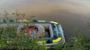 Zacumowany na rzece ponton na szczęście nie zniknął :)