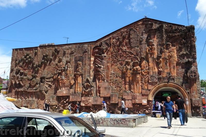 Jedzenie oraz ceny w Gruzji i Armenii targowisko kutaisi trekkingowo