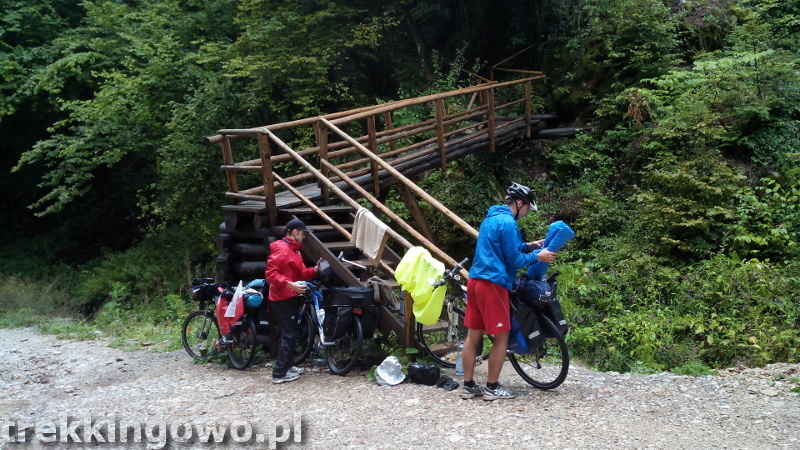 Rumunia, czy nadal dzika Jaskinia Meziad otwarte sakwy trekkingowo
