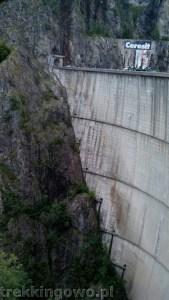 Rumunia, czy nadal dzika transfogaraska zalew Vidraru trekkingowo