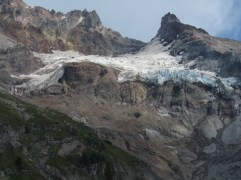 But as I started to look closer and to the right of the glacier I saw what had change.