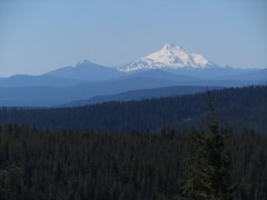 It was a clear day and we were able to see St. Helens, Rainier, Adams, Hood and Jefferson form the summit.